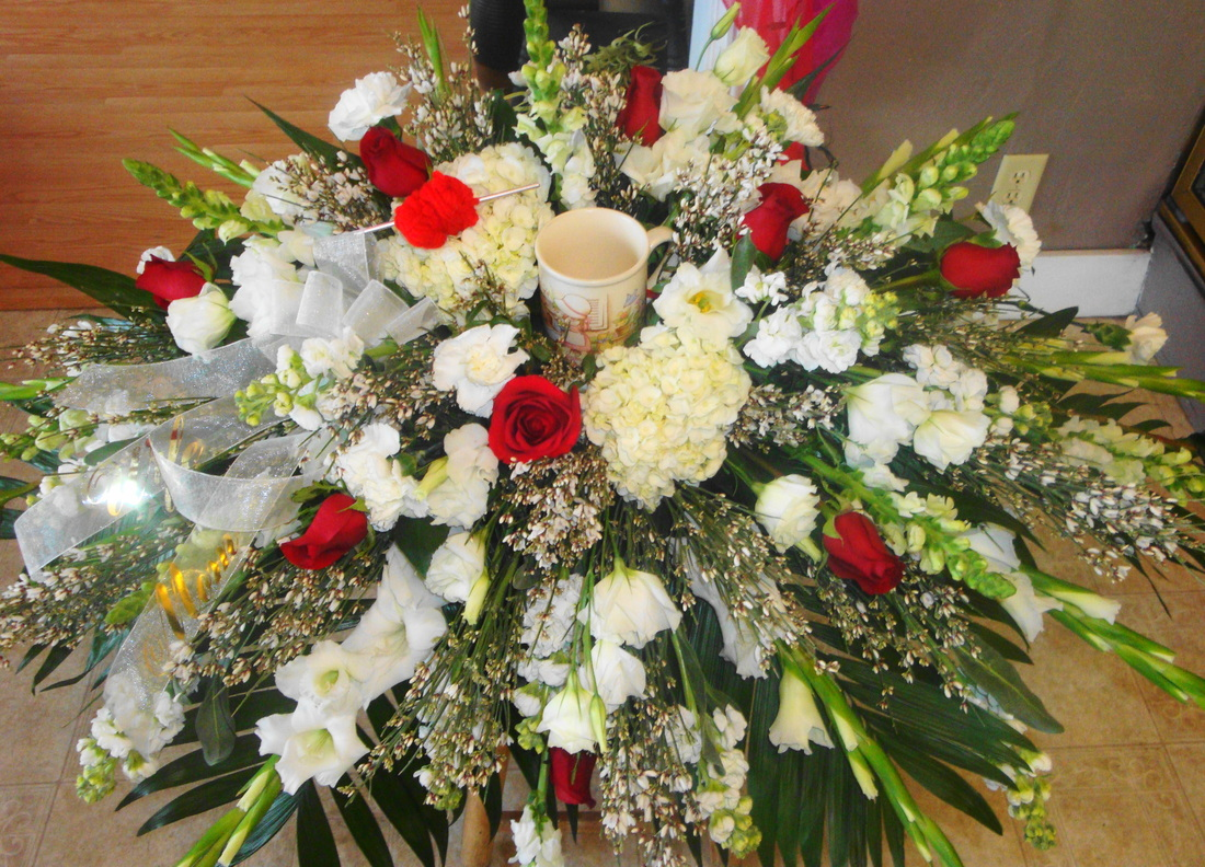 Sympathy sycamore floral 563 568 3676 the gift or floral arrangement you choose can be delivered to martin funeral home izmirmasajfo
